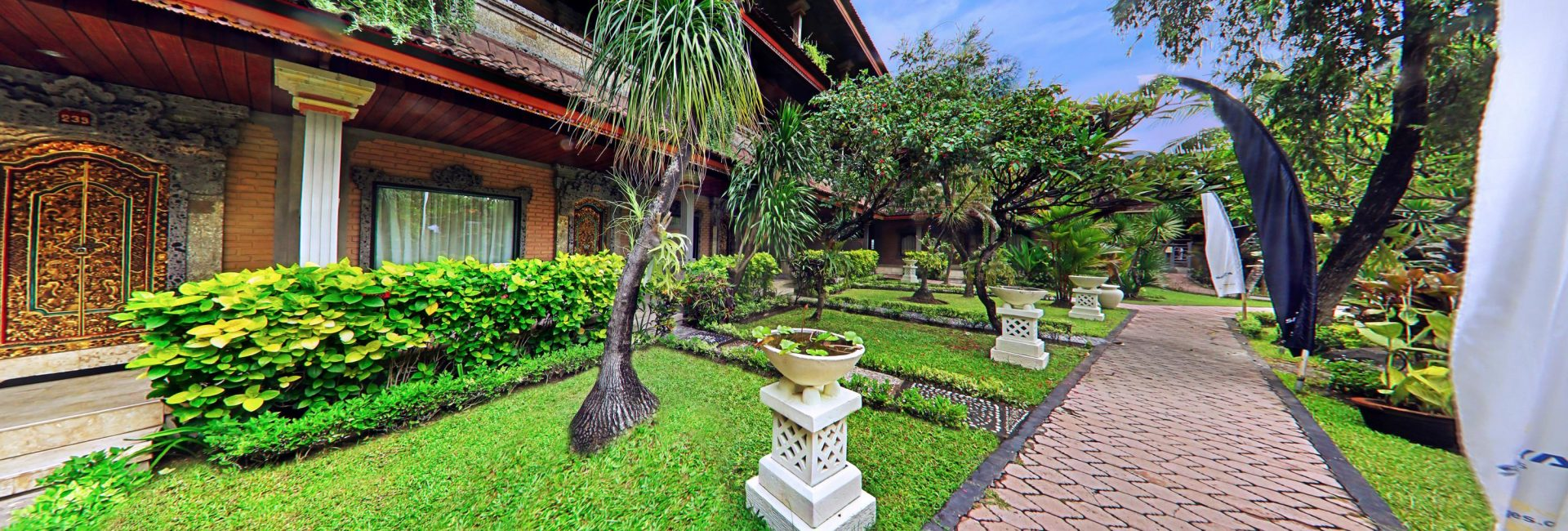 Hotel Satriya Cottages | The Real Balinese Atmosphere in Heart of ...